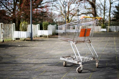 how live chat can reduce shopping cart abandonment on ecommerce websites title