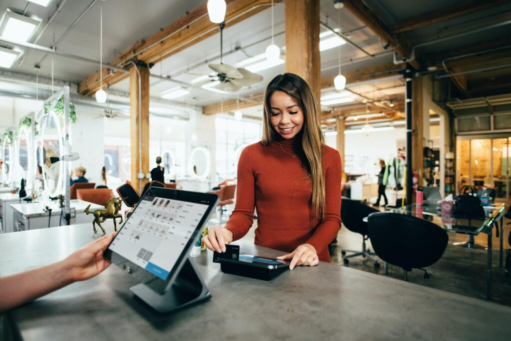 The importance of omnichannel customer service in the retail industry